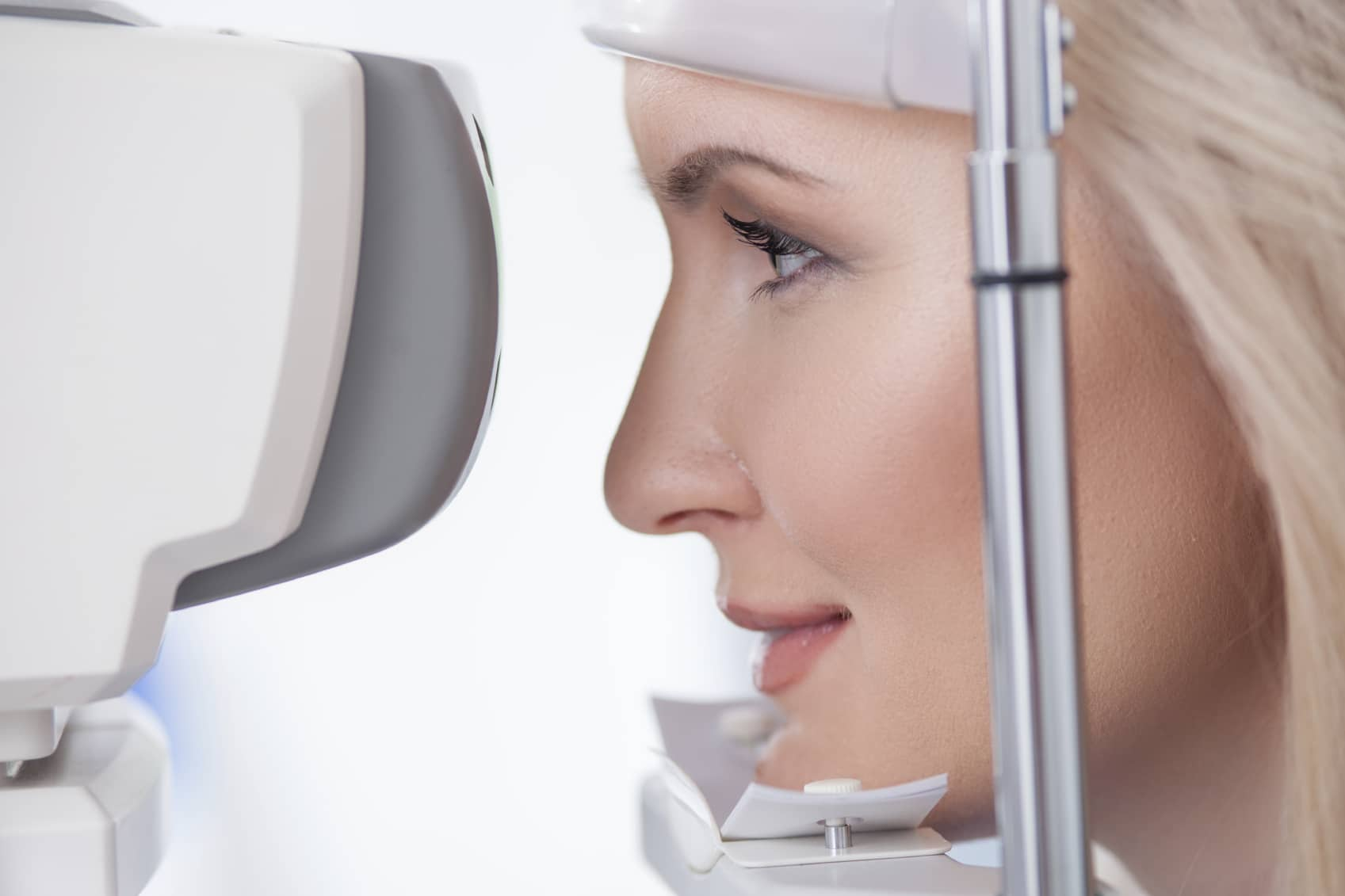 Image of woman having an eye exam - Unionville Optometry
